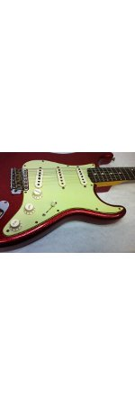 STRATOCASTER 1960 RELIC RED SPARKLE